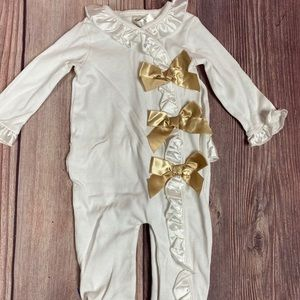 Baby girl one piece footie pajama / romper 9m